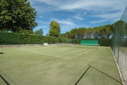 Vente propriété Roussillon Le tennis