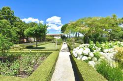 Vente propriété Roussillon Le jardin et la salle de sport