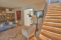 Vente propriété Roussillon Un des escaliers