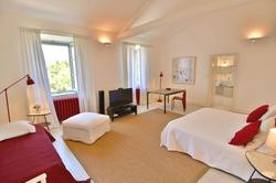 Vente propriété Roussillon La chambre 4