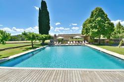 Vente propriété Roussillon La piscine et la vue