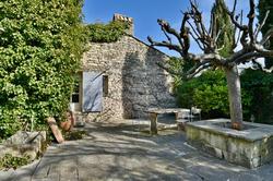 Vente maison en pierre Gordes DSC_0729