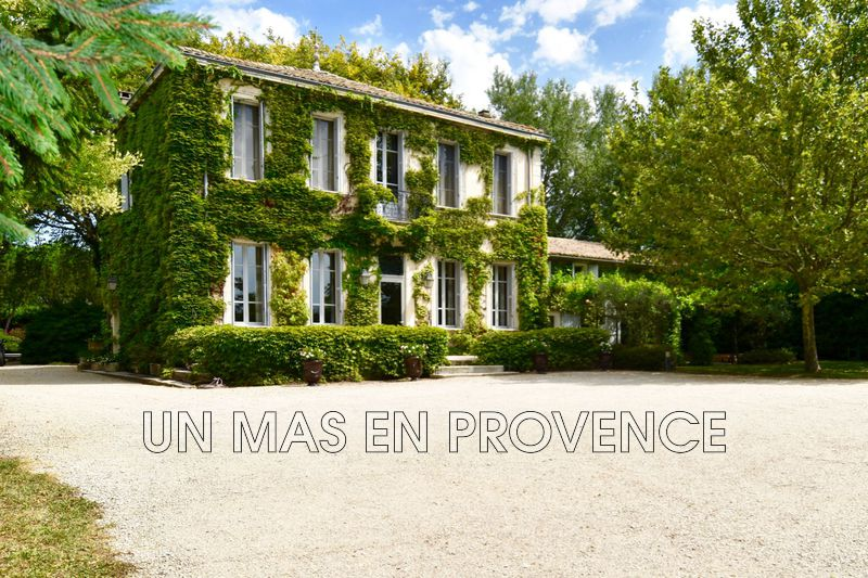 Vente propriété Cavaillon  Property Cavaillon Luberon,   to buy property  5 bedrooms   360 m²