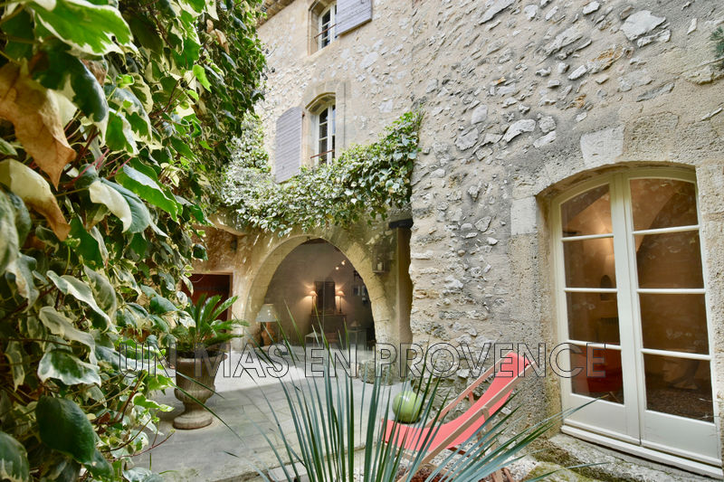 Vente maison de village Robion  Village house Robion Luberon,   to buy village house  5 bedrooms   130 m²