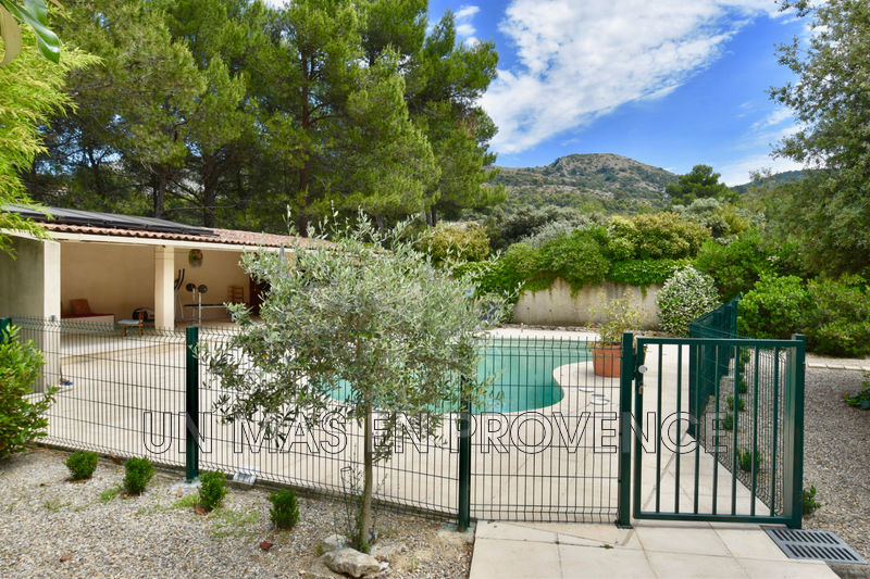 Vente maison Taillades  House Taillades Luberon,   to buy house  5 bedrooms   204 m²