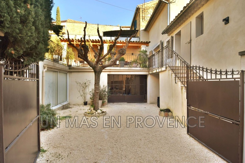 Vente maison de village Robion  Village house Robion Luberon,   to buy village house  3 bedrooms   150 m²