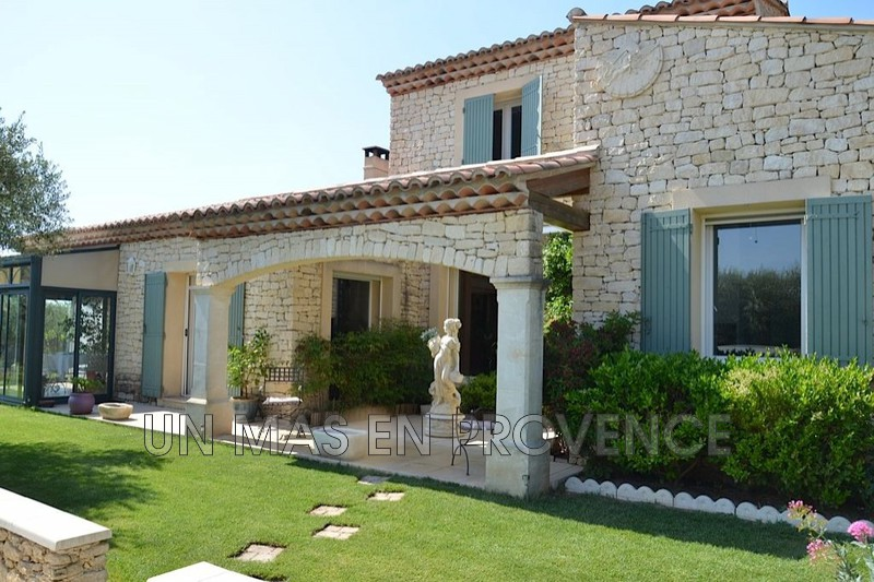 Vente maison en pierre Gordes  Stone house Gordes Luberon,   to buy stone house  3 bedrooms   170 m²