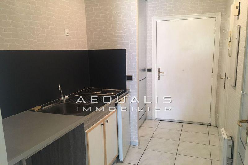 Photo Apartment Saint-Laurent-du-Var Centre-ville,  Rentals apartment  1 room   31m²