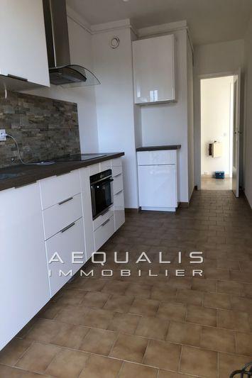 Photo Apartment Saint-Laurent-du-Var Centre-ville,  Rentals apartment  3 rooms   75m²