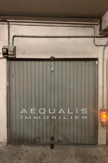 Photo Garage Saint-Laurent-du-Var Centre-ville,  Location garage