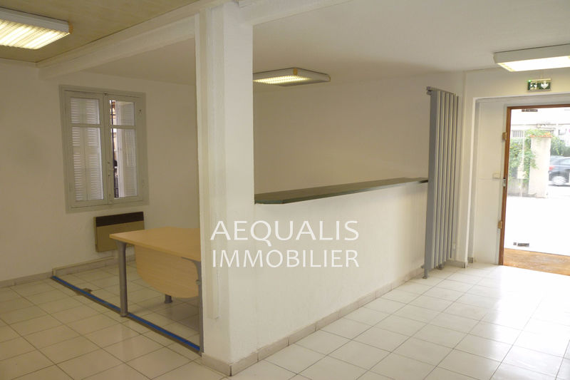 Bureau Saint-Laurent-du-Var Centre-ville,  Occupational bureau   110 m²