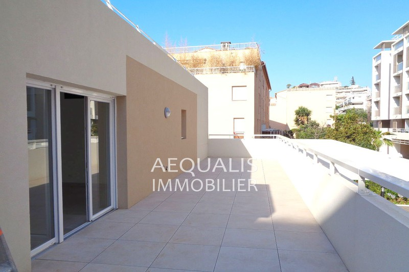 Photo Appartement Saint-Laurent-du-Var Centre-ville,   achat appartement  3 pièces   74 m²
