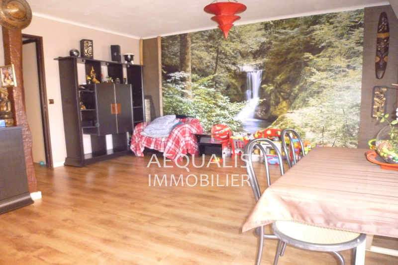 Photo Apartment Saint-Laurent-du-Var Centre-ville,   to buy apartment  3 rooms   73 m²