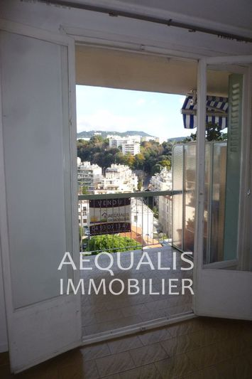 Photo n°3 - Vente appartement Nice 06100 - 182 000 €