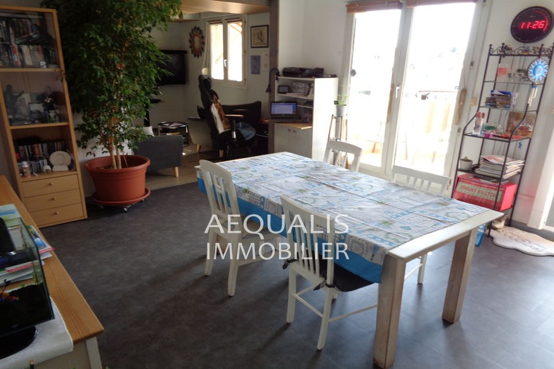 Apartment Saint-Laurent-du-Var Centre-ville,   to buy apartment  5 rooms   90 m²