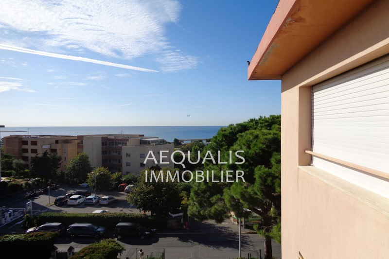 Photo n°1 - Vente appartement Saint-Laurent-du-Var 06700 - 210 000 €