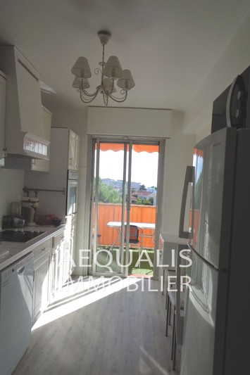 Photo n°4 - Vente appartement Saint-Laurent-du-Var 06700 - 210 000 €