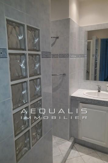 Photo n°4 - Vente appartement Saint-Laurent-du-Var 06700 - 189 000 €