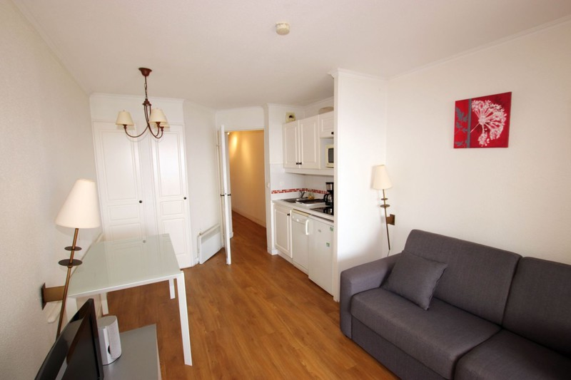 Photo n°2 - Vente appartement Cannes 06400 - 144 000 €