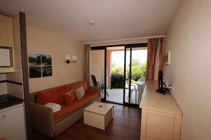 Photo n°2 - Vente appartement Cannes 06400 - 98 000 €