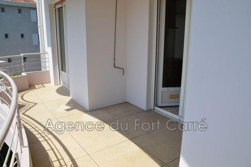 Photo n°2 - Vente appartement Juan-les-Pins 06160 - 210 000 €