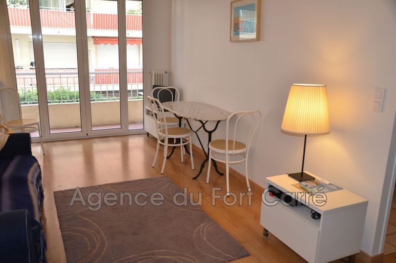 Photo Appartement Antibes Centre-ville,   achat appartement  2 pièces   32 m²