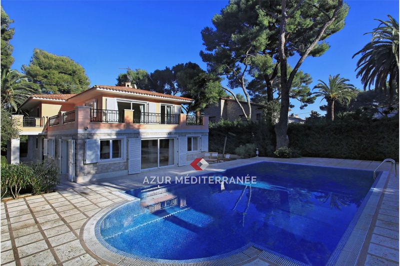 Photo Villa Saint-Jean-Cap-Ferrat Le cap,   to buy villa  5 bedrooms   260 m²