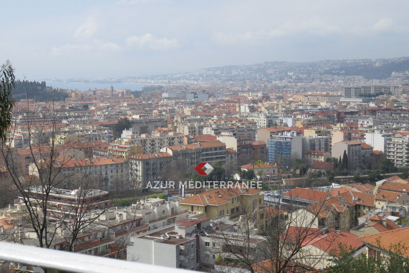 Photo n°1 - Vente appartement Nice 06300 - 198 000 €