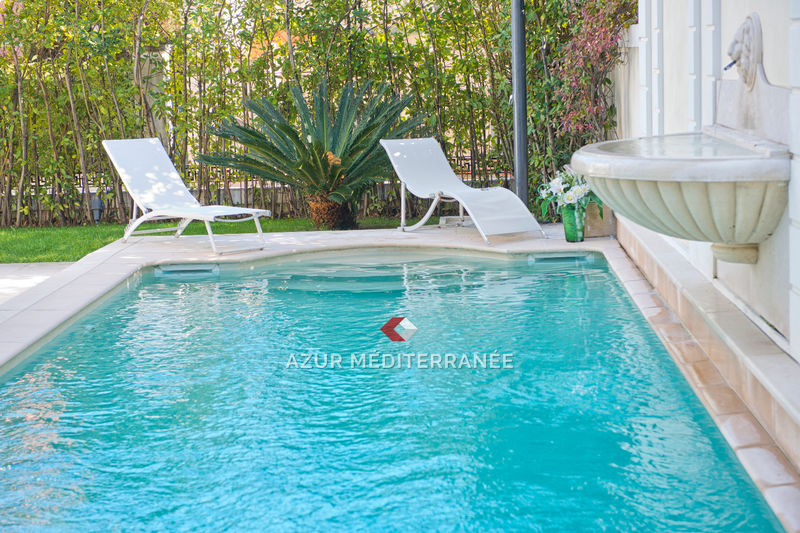 Photo House Saint-Jean-Cap-Ferrat Village,   to buy house  4 bedrooms   219 m²