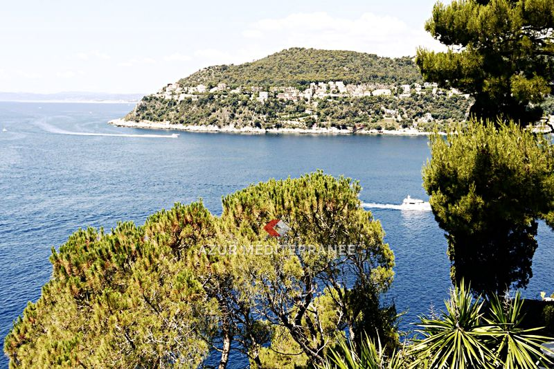 Photo Stone house Saint-Jean-Cap-Ferrat Bord de mer,   to buy stone house  5 bedrooms   469 m²