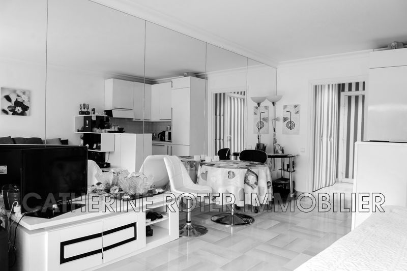 Photo n°2 - Vente appartement Cannes 06400 - 225 000 €