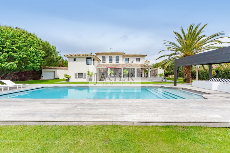 Photo Villa Grimaud Golfe de st tropez,   to buy villa  4 bedrooms   227 m²