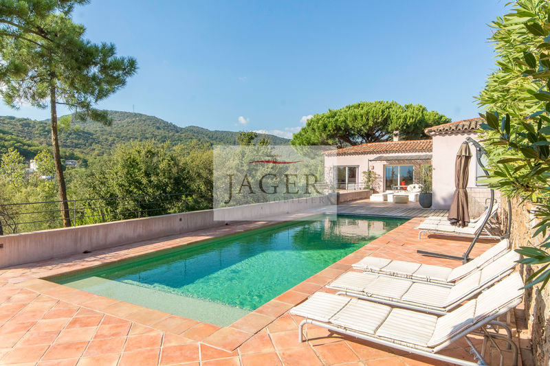 Photo Villa Grimaud Golfe de st tropez,   to buy villa  7 bedrooms   280 m²