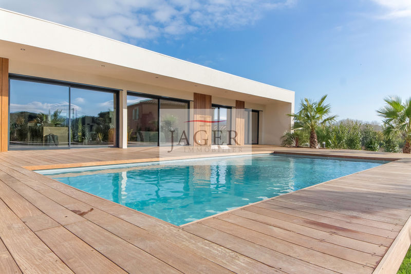 Photo Maison contemporaine Cogolin Golfe de st tropez,   achat maison contemporaine  4 chambres   140 m²