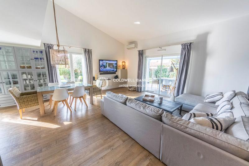 Photo Villa Grimaud Golfe de st tropez,   to buy villa  3 bedrooms   146m²