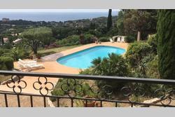 Vente villa Les Issambres 7CF3340C-E7E3-4973-857A-A46A2F8AB419.JPG