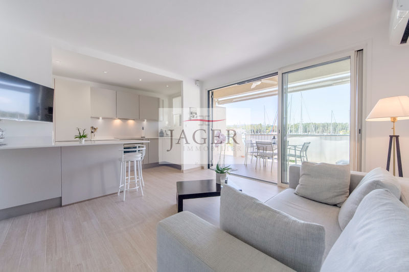 Photo Apartment Cogolin Golfe de st tropez,   to buy apartment  2 room   40 m²