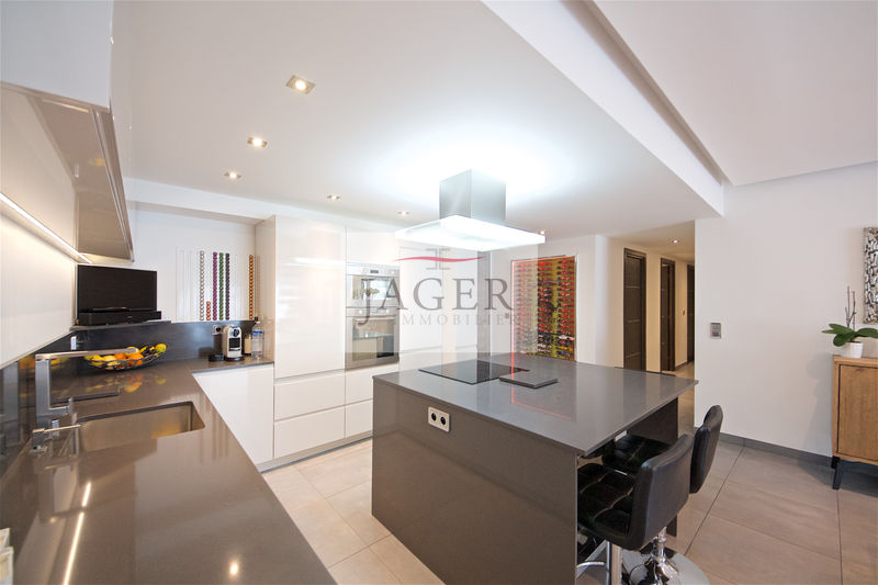 Photo Apartment Grimaud Golfe de st tropez,   to buy apartment  3 rooms   84 m²