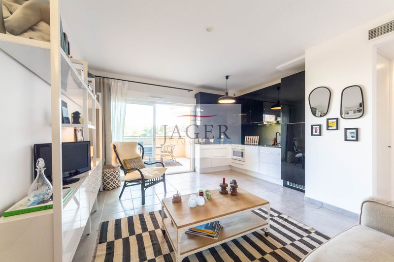 Photo Apartment Cogolin Golfe de st tropez,   to buy apartment  2 rooms   40 m²