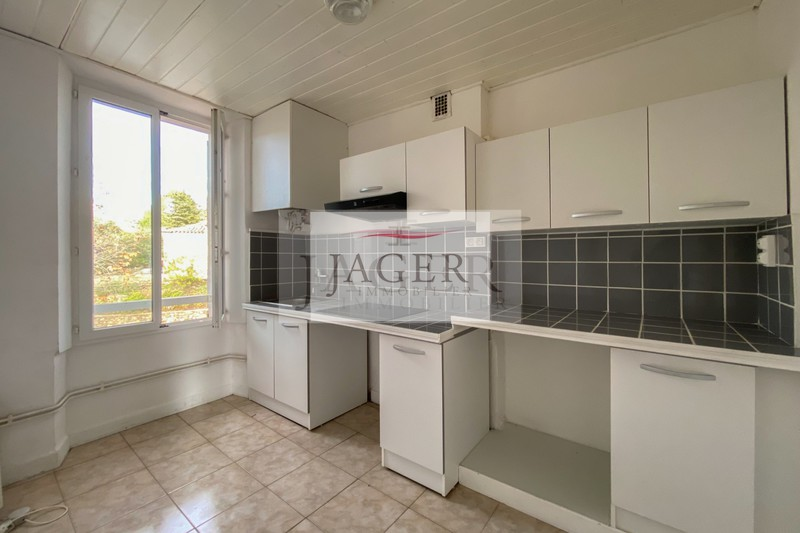 Photo n°2 - Vente appartement Grimaud 83310 - 164 300 €