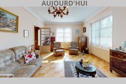 Vente maison Bron 6-Rue-Pierre-Bourdan-Living-Room(1)
