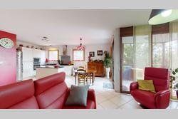 Vente appartement Saint-Priest Appartement-T4-Saint-Priest-Hauts-de-Feuilly-07052021_141944