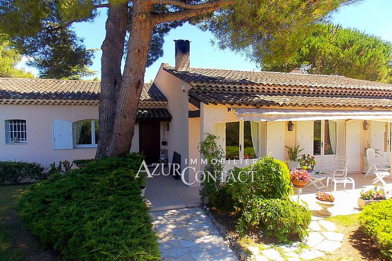 Villa Mougins Au pied de la colline du vieux village,   to buy villa  4 bedroom   200 m²