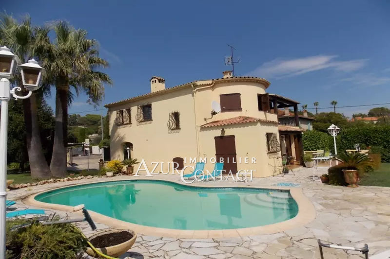 Photo Villa Mougins Entre village et golf,   to buy villa  3 bedroom   161 m²