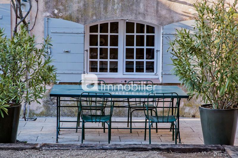 Photo Maison en pierre Eygalières Alpilles,  Location saisonnière maison en pierre  4 chambres   200m²