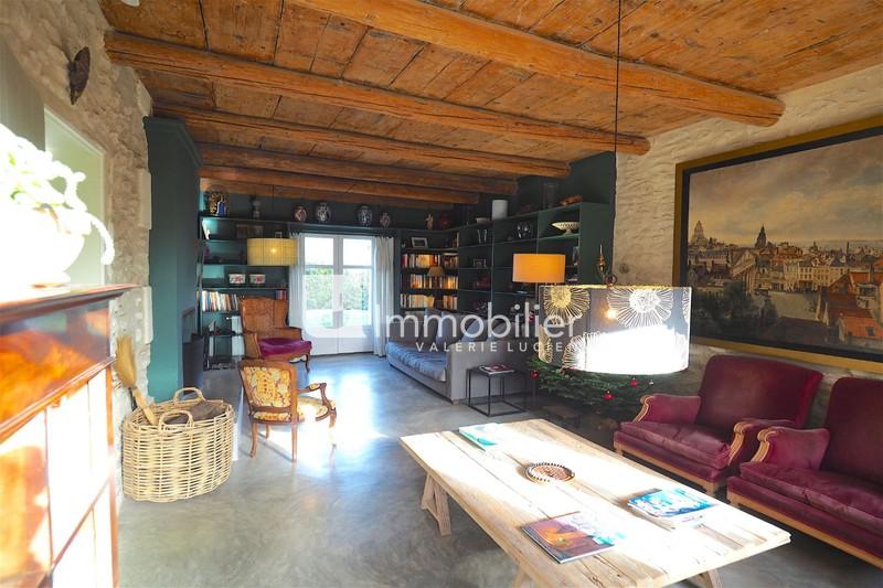 Photo Village house Saint-Rémy-de-Provence A 5 minutes du centre-ville,  Location saisonnière village house  5 bedrooms   200m²