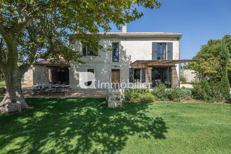 Photo Maison en pierre Saint-Etienne-du-Grès Alpilles,  Location saisonnière maison en pierre  4 chambres   200m²