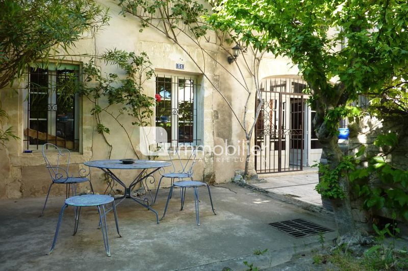 Photo Village house Saint-Rémy-de-Provence Centre-ville,   to buy village house  5 bedrooms   230 m²
