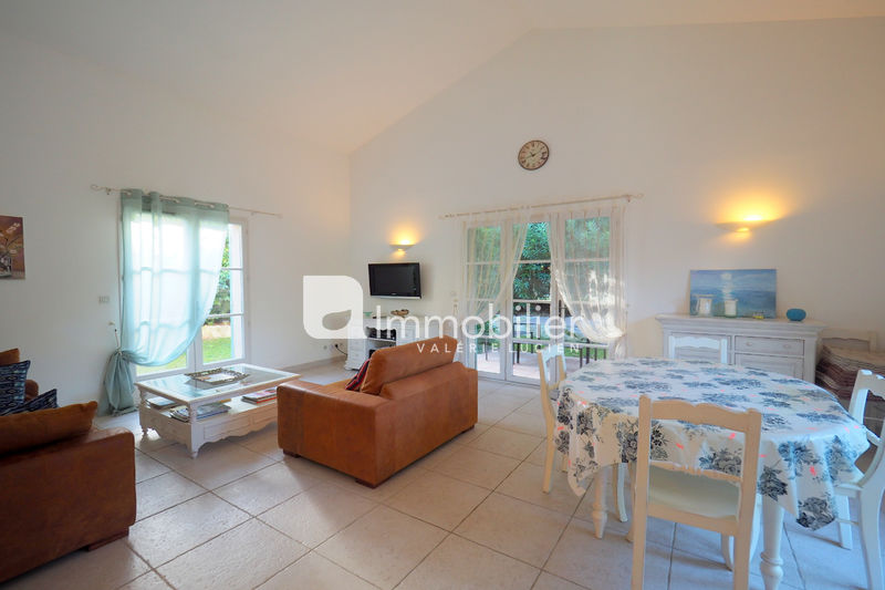 Photo House Saint-Rémy-de-Provence A 5 mn centre-ville,   to buy house  3 bedrooms
