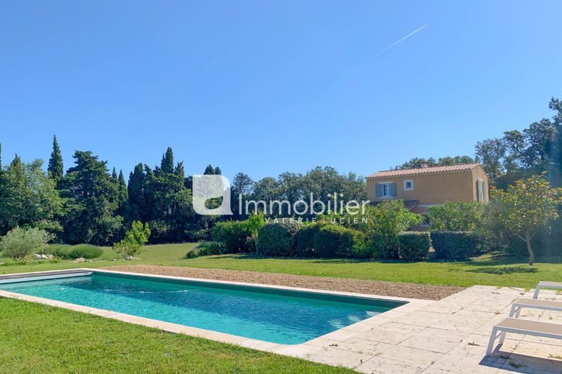 Photo House Saint-Rémy-de-Provence A 5 minutes du centre-ville,   to buy house  4 bedrooms   120 m²